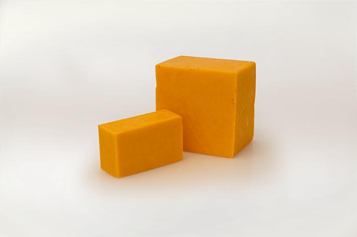 Cheddar Värillinen